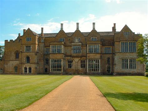 Ordinary How To Get Grants For Churches #8: Broughton-Castle.jpg