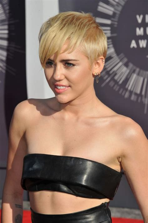 what kind of haircut does miley cyrus have miley cyrus haircuts and hairstyles 20 ideas for hair of