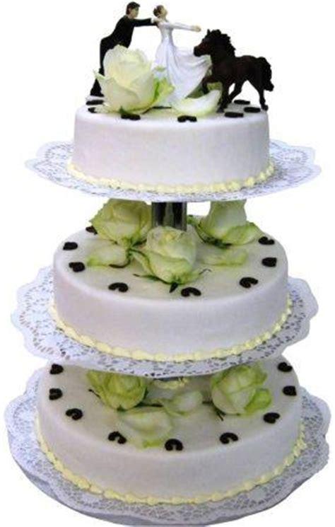 Hochzeitstorte Witzig by Gr 252 Ne Torten Witzige Hochzeitstorte Mit Gl 252 Cksbringern
