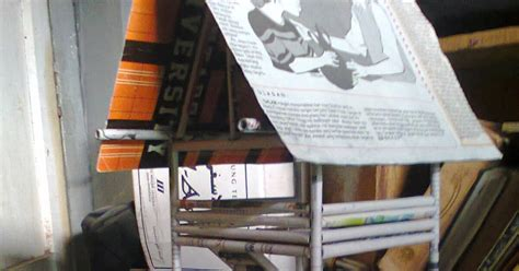 Lem Lilin Kg kerajinan dari barang bekas membuat miniatur gubuk dari koran