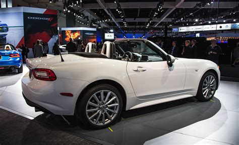 fiat spider white the summer from 2017 fiat 124 spider coming to fiat