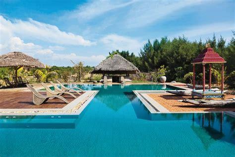 best hotel in kandy sri lanka best beaches and hotels in kalpitiya sri lanka cond 233