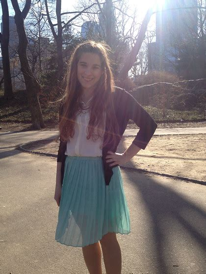 rebecca shinners rebecca shinners sparkle fade pleated chiffon skirt