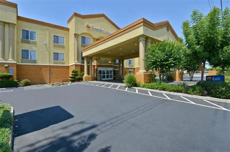 comfort inn suites university south comfort inn suites sacramento university area updated