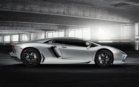 lamborghini silver silver and black lamborghini wallpaper 10 cool hd