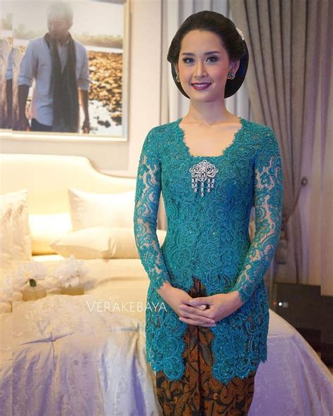 model baju kebaya brokat best 25 model kebaya brokat modern ideas on pinterest