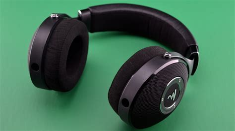 Focal Elear focal elear open back wired headphones review headphone review