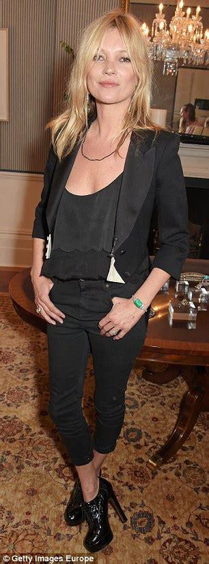 Moss Detox by Detox Coach Amanda Hamilton Unveils Kate Moss S Diet Plan