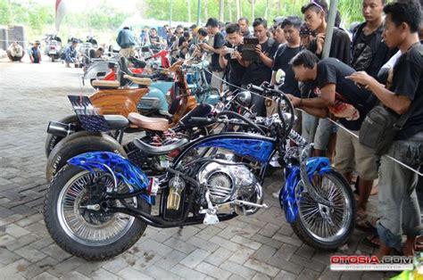 Modifikasi Vespa Lowrider by Vespa Low Rider Juara 1 Modifikasi Vespa Extrem Jsr Ix