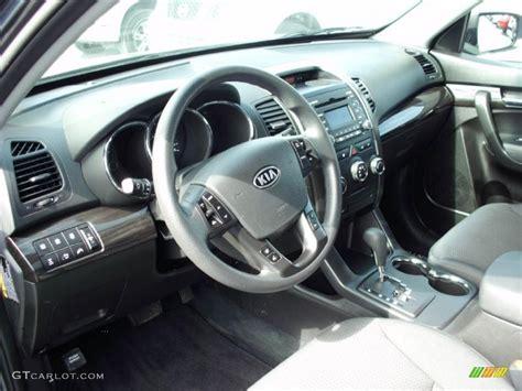 Kia Sorento 2011 Interior Black Interior 2011 Kia Sorento Lx Awd Photo 47388452