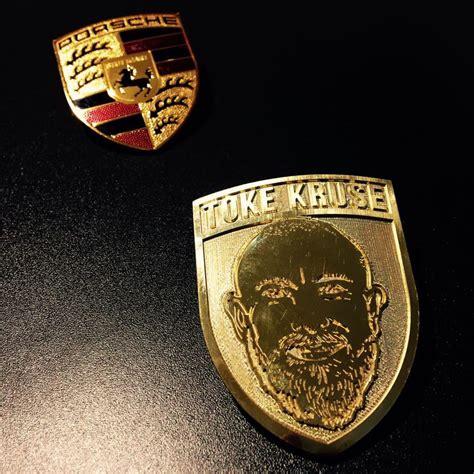 porsche usa logo it iv 230 rks 230 tter udskifter porsche logo med selvportr 230 t