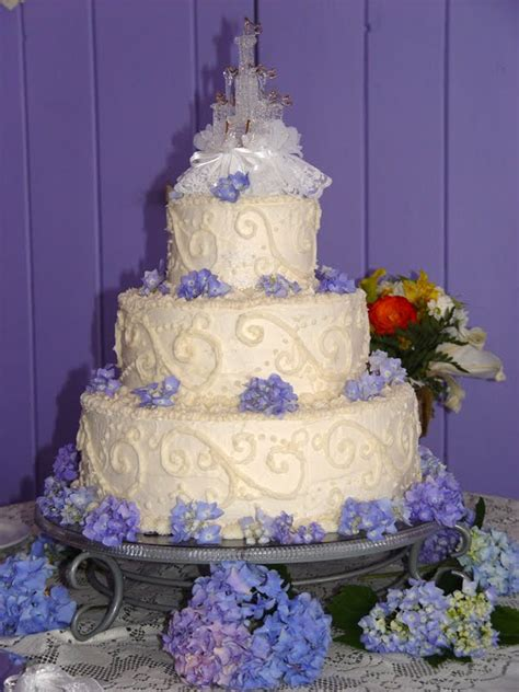 3 Tier Cake Decorating Ideas by Wedding Cakes Pictures Hydrangea Wedding Cakes Pictures