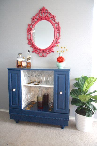 Amazing upcycle of an old TV stand into a fabulous bar