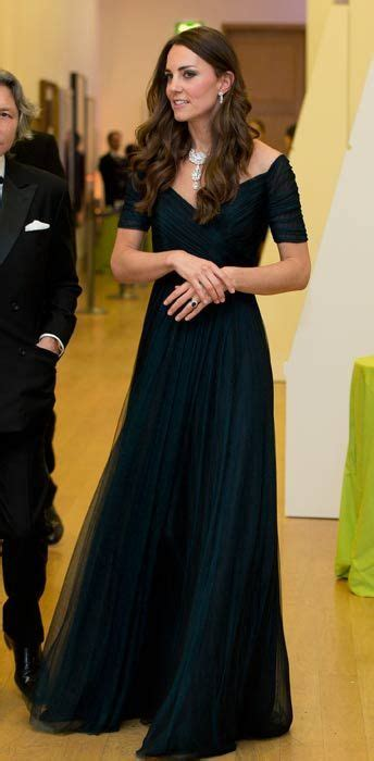 duchess kate the duchess of cambridge graces the cover of just pinned to steal that look ooh this would be the