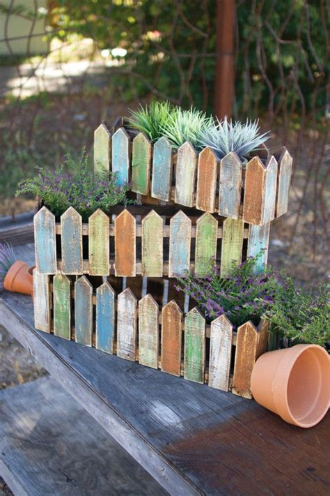 Picket Fence Planter by 17 Best Ideas About Fence Planters On Privacy