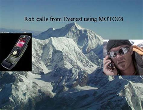 rob everest motoz8 makes world s highest cell phone call techgadgets