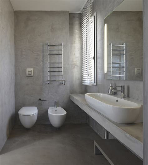smalto per pareti bagno villa faro