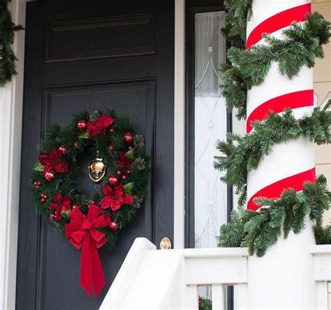 decorating porch column for xmas front door decoration ideas slideshow