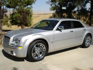 Chrysler 300 20 Inch Wheels Does Anyone A Pic Of A 300 With 20 Quot Wheels But Not
