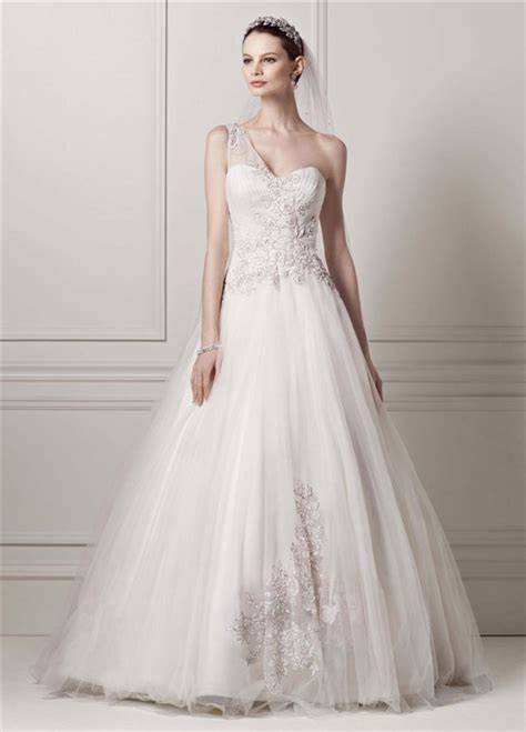 7 Most Amazing Dresses From Chicstarcom by The Most Amazing Wedding Dresses For Brides With Big Belly