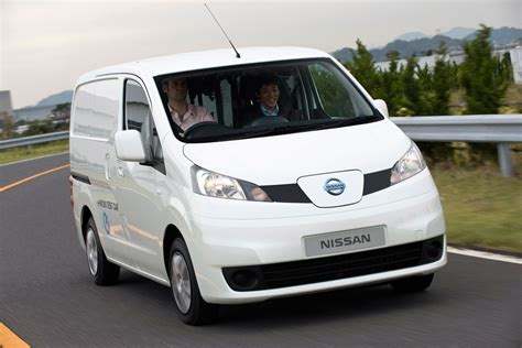 nissan e nv200 pictures auto express