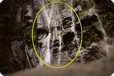 Mata Di Lbc sosok wajah di air terjun gunung cycloop diabadikan