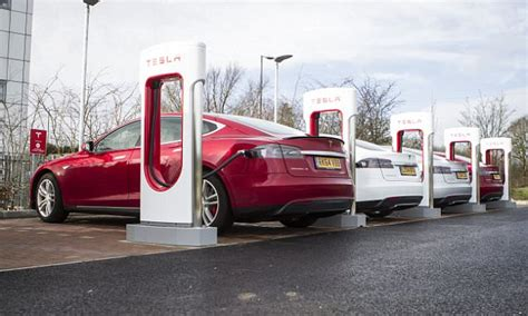 tesla s destination charging scheme comes to the uk