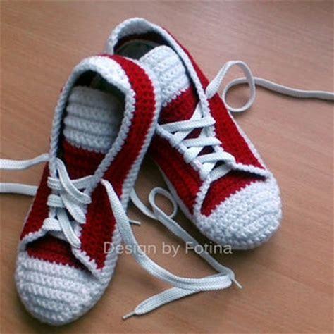 crochet pattern mens house slippers crochet mens womens slippers house knits from