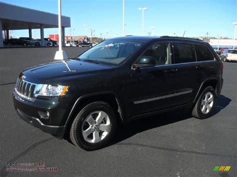green jeep cherokee 2015 100 dark green jeep cherokee review 2015 jeep