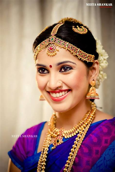 indian hairstyles traditional traditional indian wedding hairstyles 04 indian makeup