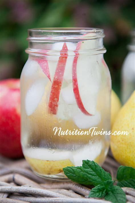 Pear Diet Detox by Apple Pear Detox Spa Water Nutrition