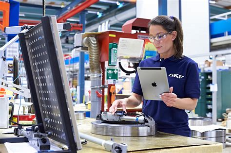 Production Worker by Skf Production Worker Using Tablet Skf