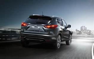 Nissan Rogue Sl Comparison Nissan Rogue Sport Sl 2017 Vs Honda Cr V