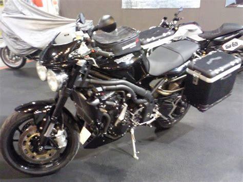 Motorrad Triumph Spr Che by Givi T702 Rack Triumph Forum Triumph Rat Motorcycle Forums