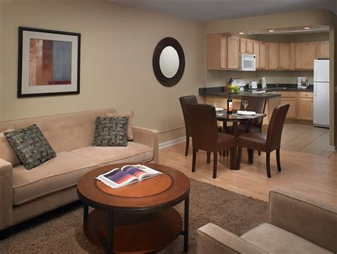 Furnished Appartments by Corporate Housing Solutions Temporary Furnished