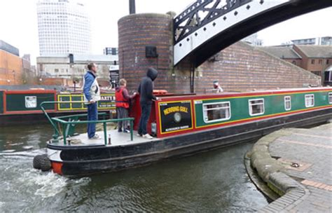 mini boat hire the birmingham mini ring from alvechurch canal boating