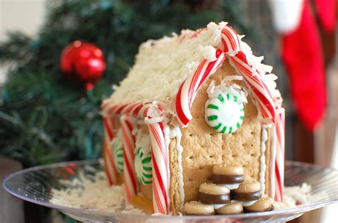 graham cracker house how to make a gingerbread house from graham crackers the 350 degree oven