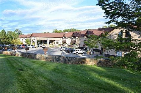 Golf Travel Review: Treetops Resort, Gaylord, Michigan