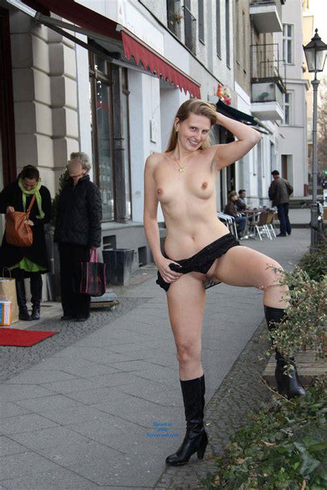 Bri Nude In Berlin April Voyeur Web