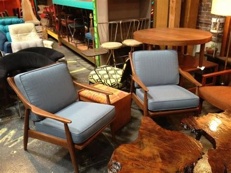 Couches In Los Angeles by Best Places For Used Furniture In Los Angeles 171 Cbs Los