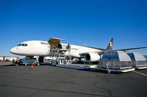 boeing 757 24apf ups cargo aircraft editorial stock photo image of flight transportation