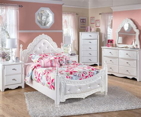 ashley furniture girls bedroom exquisite full size poster bed beds ashley furniture