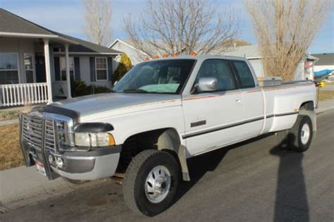 chilton 20402 repair manual 1995 1996 dodge ram 3500 northern auto parts service manual 1995 dodge ram 3500 club owners manual under construction 1994 dodge ram