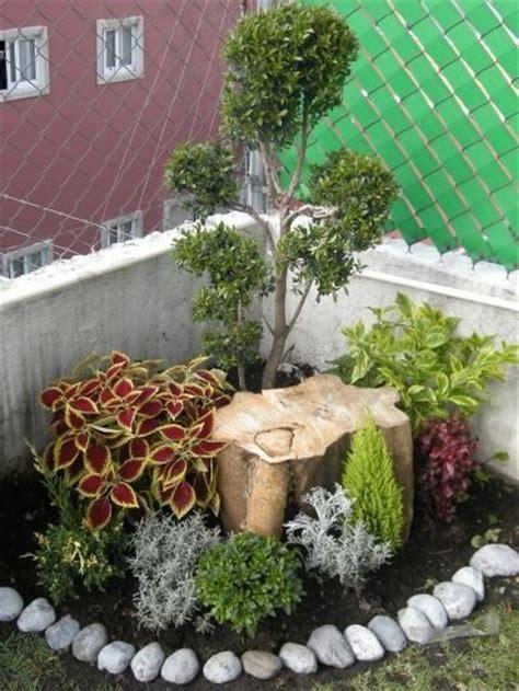 best 25 corner garden ideas on pinterest garden design landscaping ideas and diy landscaping