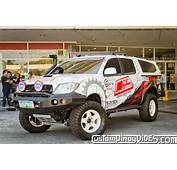 Head On With A Higher Hilux  CustomPinoyRidescom Pinoy