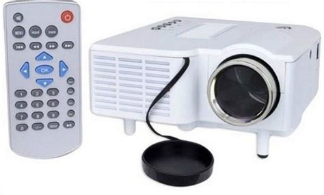 Ct Uc28 Mini Led Projector Unic Mini Led Projector With Vga Uc28 48 Lm Led Corded Portable Projector Price In India Buy