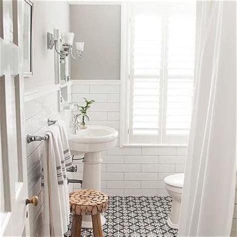 black and white bathroom floor tiles