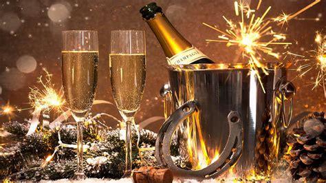 new year dinner 2014 c alcoolul și dulciurile la masa de revelion radio romania