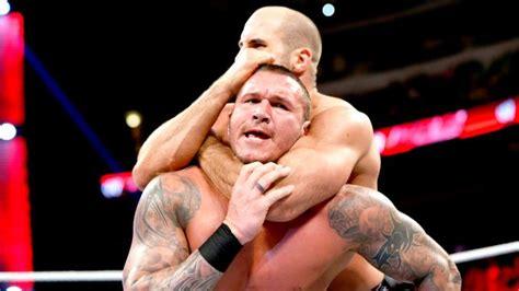 Sleepers Hold by In Live Randy Orton Vs Antonio Cesaro