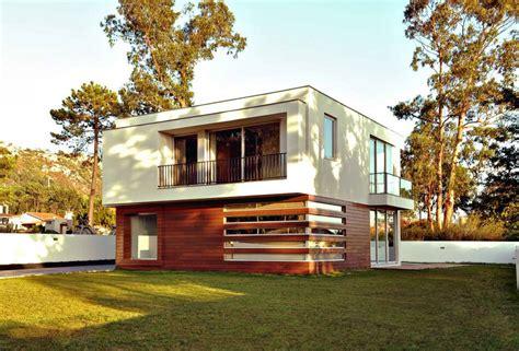 laras modernas techo dise 241 o de casa cuadrada de dos pisos con planos y fachadas